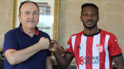 Olanrewaju Kayode: Nigeria striker joins Sivasspor on loan