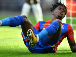 Hodgson urges Zaha to play to strength despite being targeted