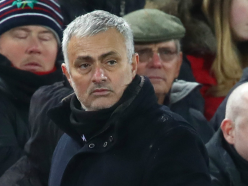 Man Utd to look outside club for Mourinho